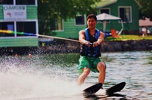 Clearview waterskiing